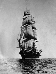 old-ship-at-sea.jpg (12343 bytes)